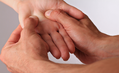 Clinical Trial Finds No Evidence that Acupressure is Effective for Treating Raynaud's